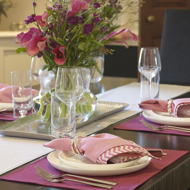 Coats & Clark Ladies Luncheon Table Setting in color