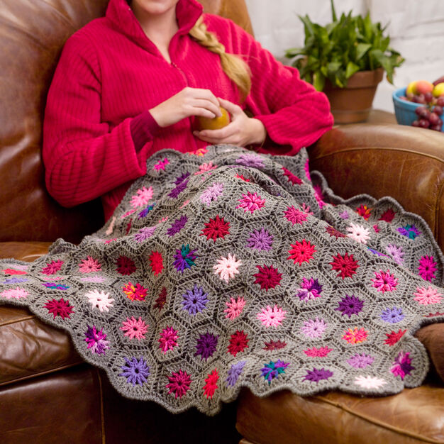 Red Heart Blooming Hexagons Throw in color
