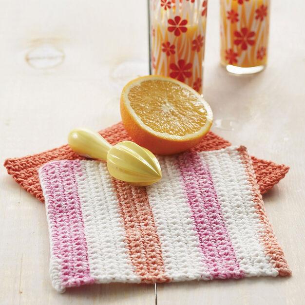 Lily Sugar 'n Cream Basic Dishcloth, Version 1 in color