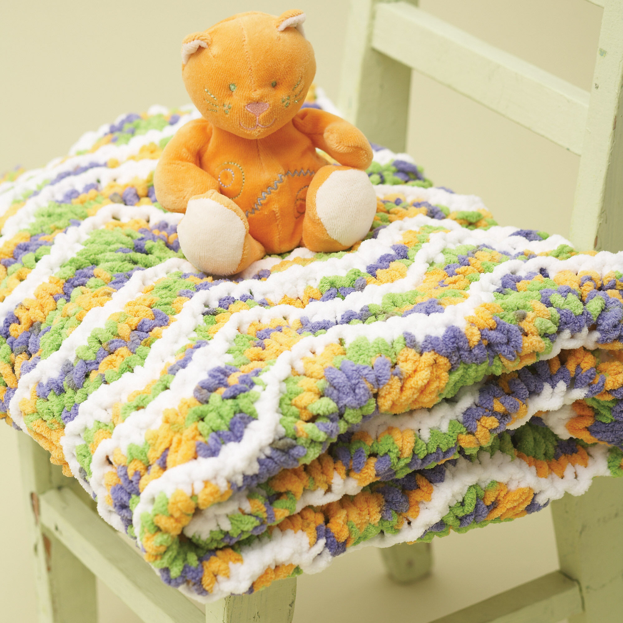 Bernat Ripple Baby Blanket | Yarnspirations