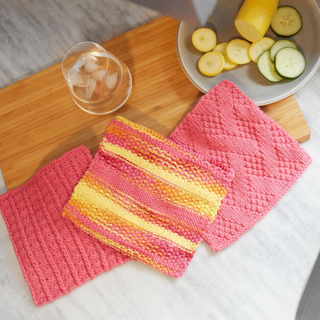Red Heart Sailor's Rib Stitch Washcloth in color