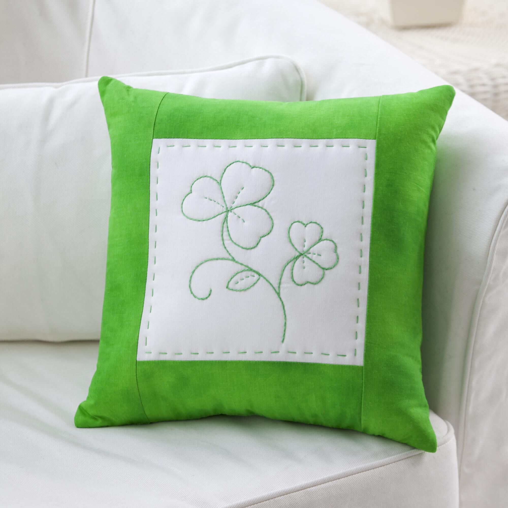 Shamrock Greenwork Pillow | Easy St Patrick's Day Decorations | Sewing Projects | Featured