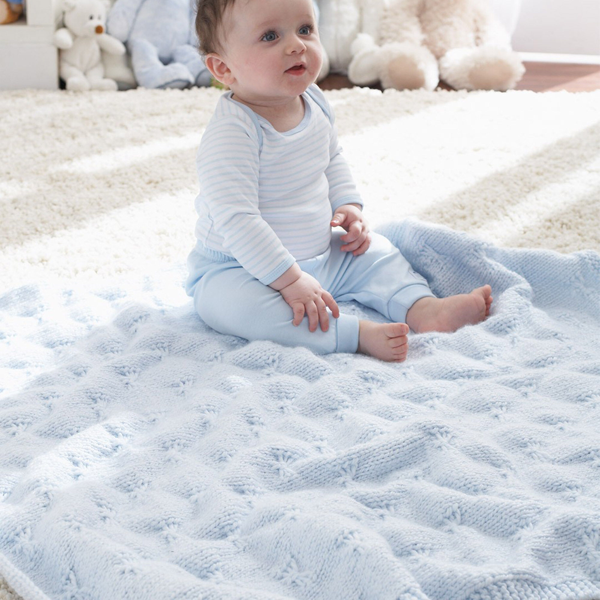 Patons Little Butterfly Baby Blanket | Yarnspirations