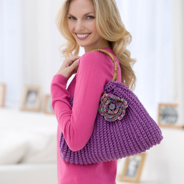 Red Heart Crochet Posey Purse in color