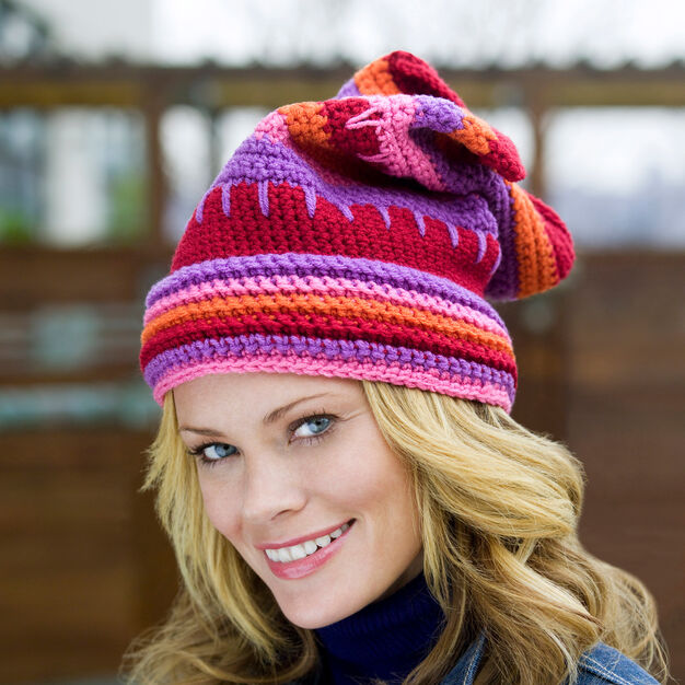 Red Heart Valentine Hat, S in color