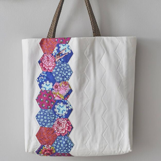 Dual Duty Hexie Tote in color