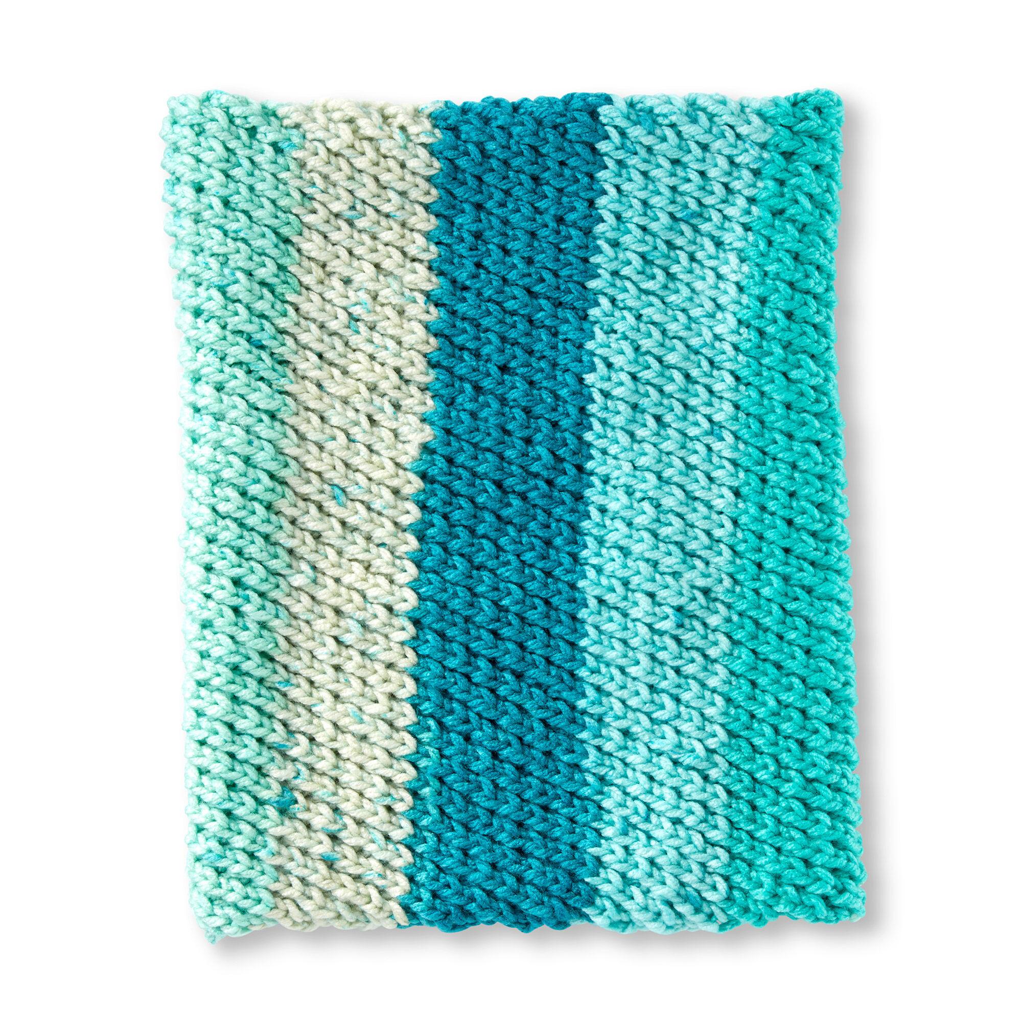 Caron Diagonal Stitch Knit Cowl Pattern | Yarnspirations