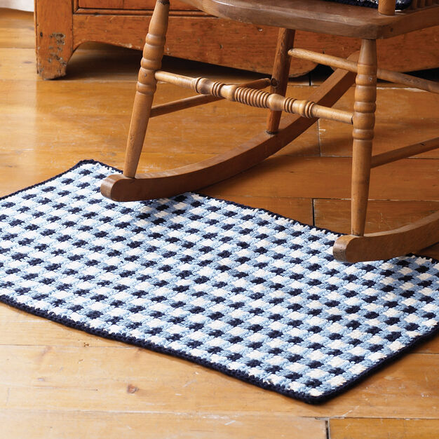 Lily Sugar'n Cream Gingham Check Rug, Red in color