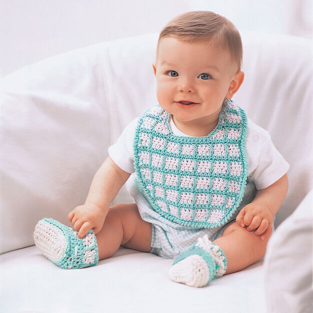 Lily Sugar'n Cream Bib and Booties