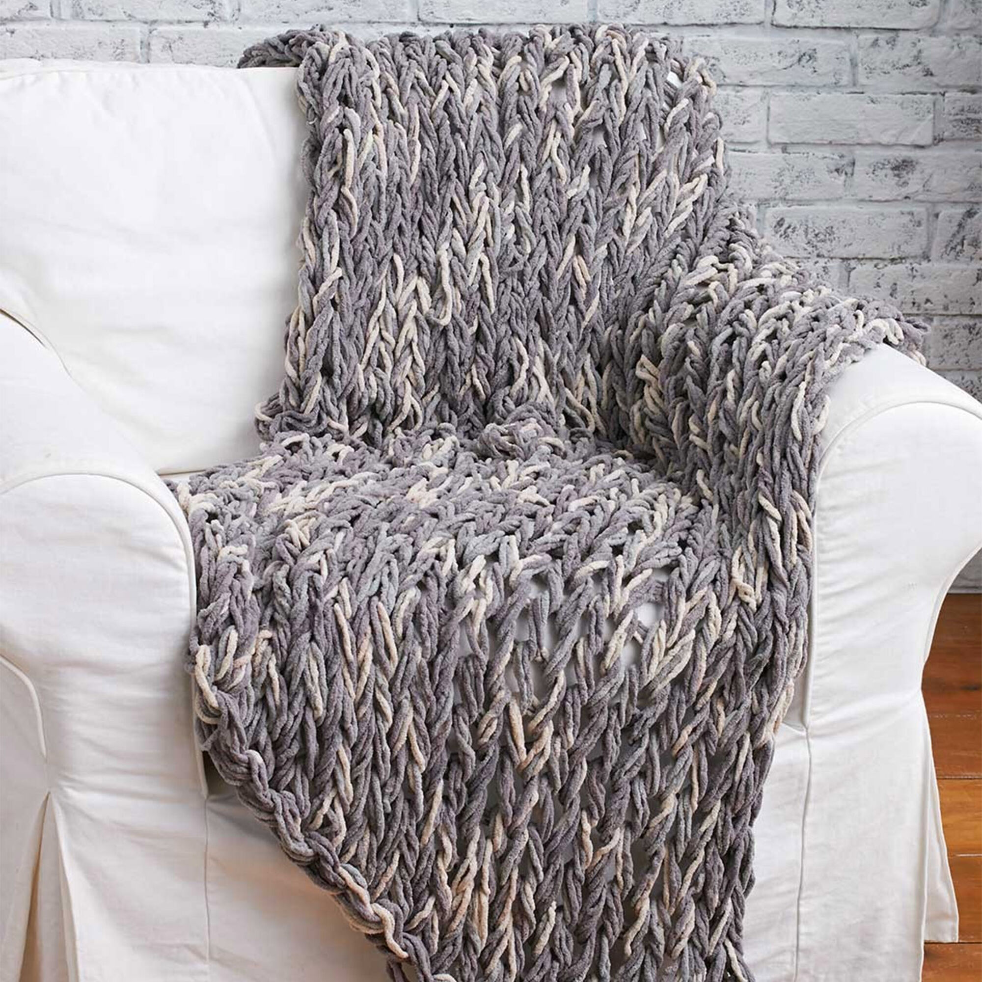Bernat Arm Knit 3-Hour Blanket   Yarnspirations
