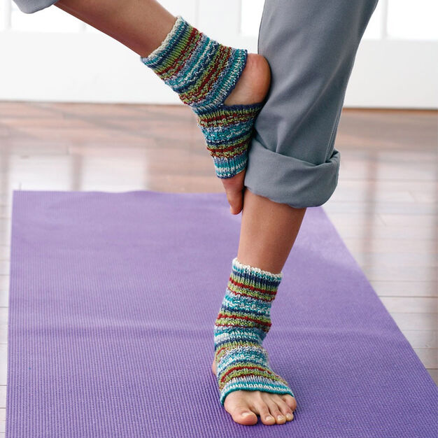 Patons Yoga Socks in color