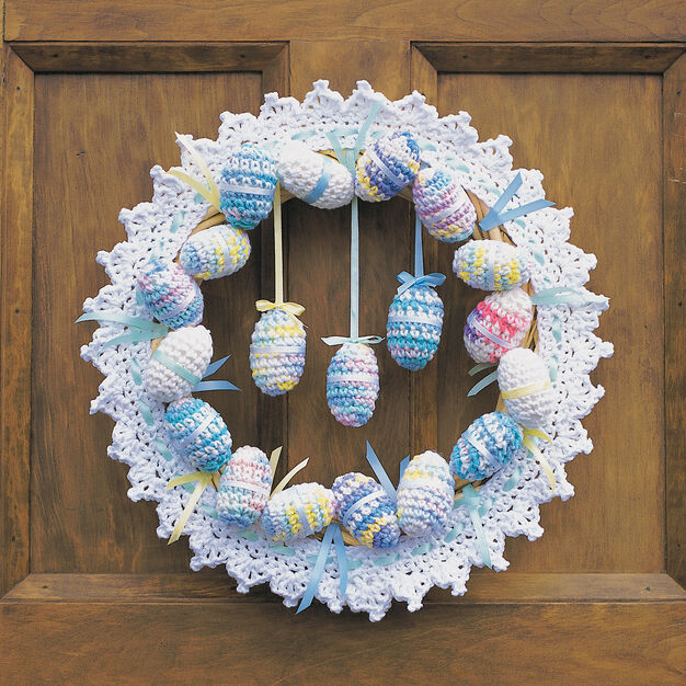 Lily Sugar'n Cream Happy Easter Wreath in color
