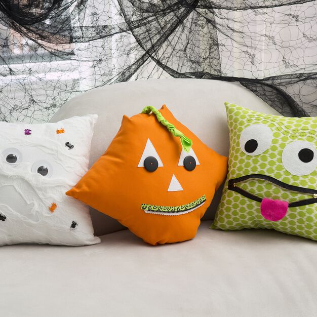 Coats & Clark Halloween Cushion Trio