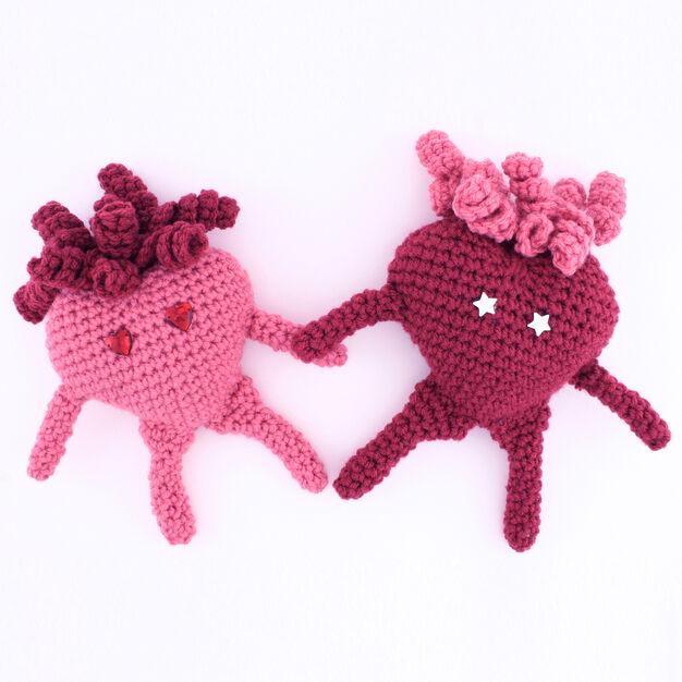 Red Heart Amigurumi Heart | Yarnspirations