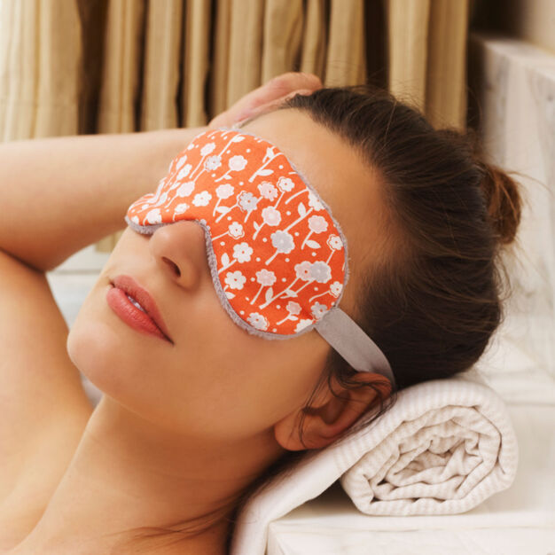 Coats & Clark Spa Eye Mask in color
