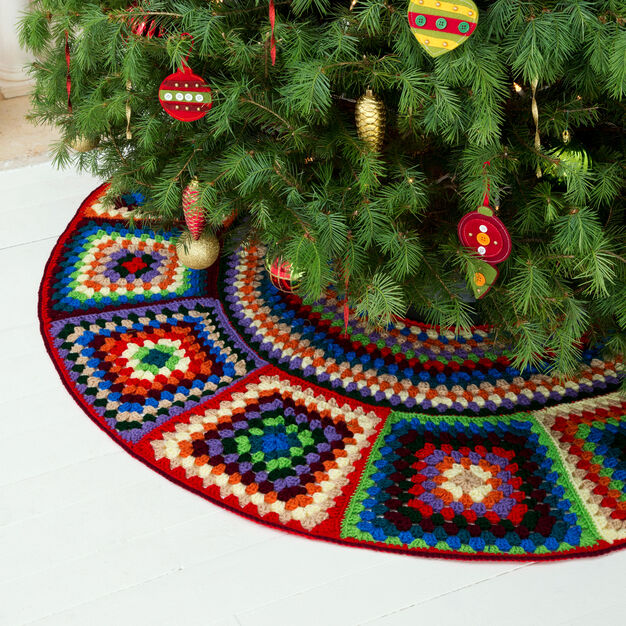 Red Heart Granny Tree Skirt in color