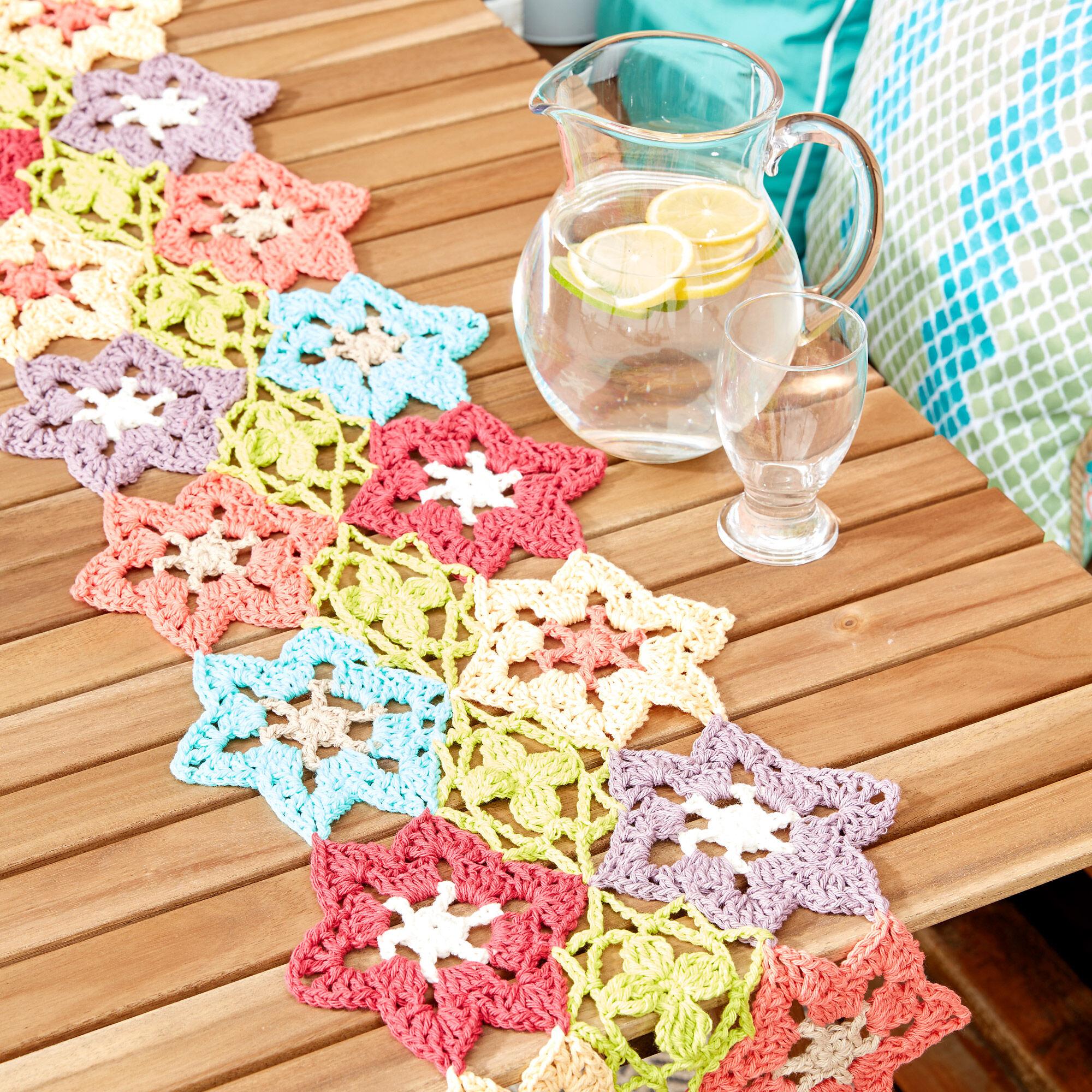 Lily Sugar\'n Cream Flower Power Table Runner Pattern | Yarnspirations