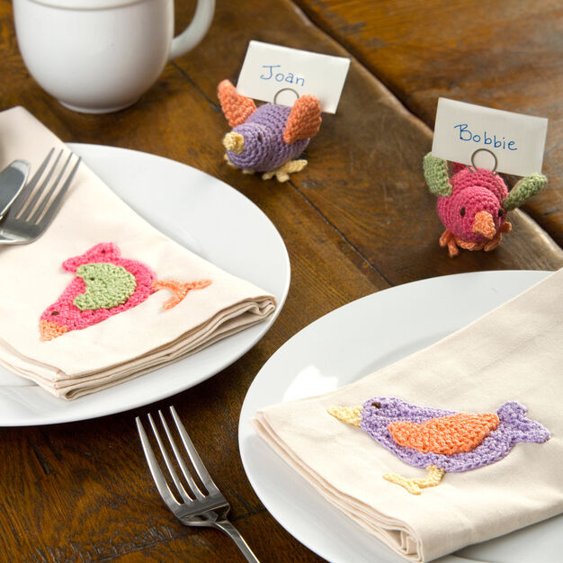 Aunt Lydia's Colorful Bird Table Setting, Bird Appliqué in color