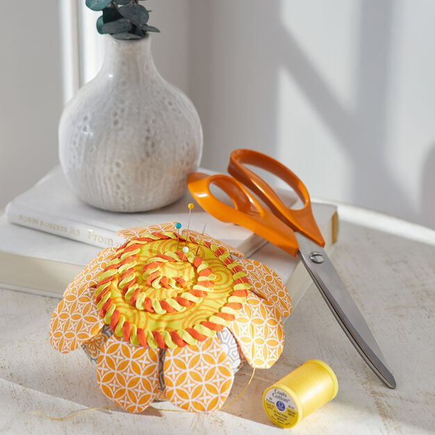 Dual Duty Flower Power Pincushion in color