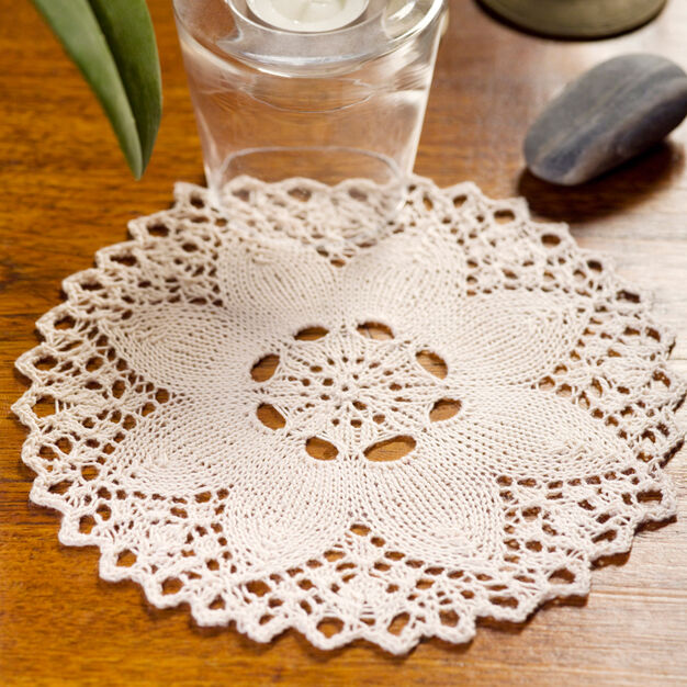 Aunt Lydia's Knit Flower Doily in color