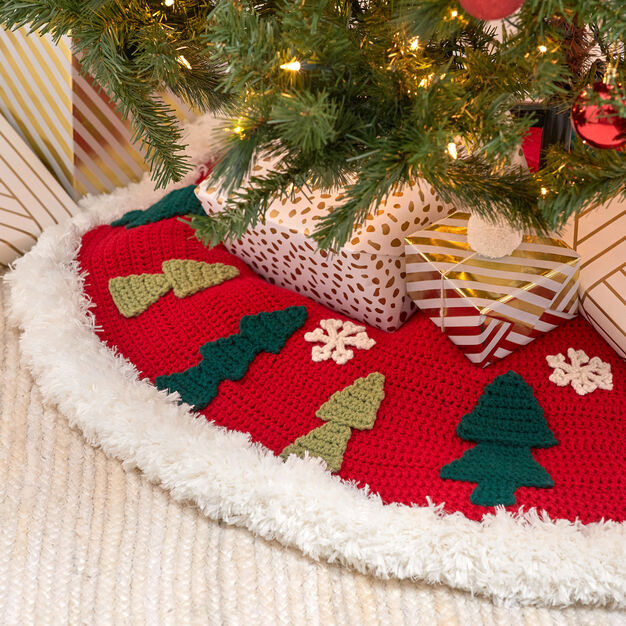 Red Heart Joyous Tree Skirt