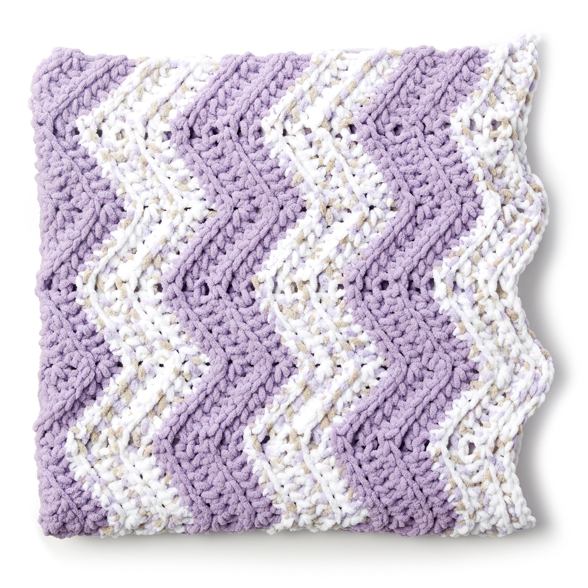 Bernat Simple Chevron Baby Blanket Pattern | Yarnspirations