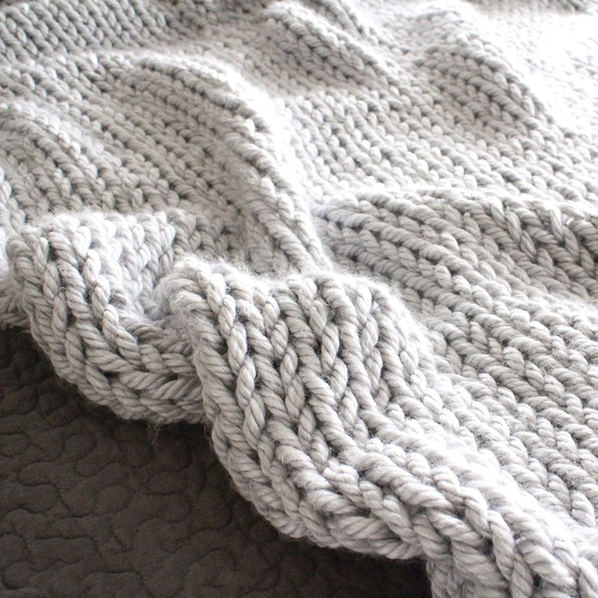 Bernat Mega Knit Throw   Yarnspirations