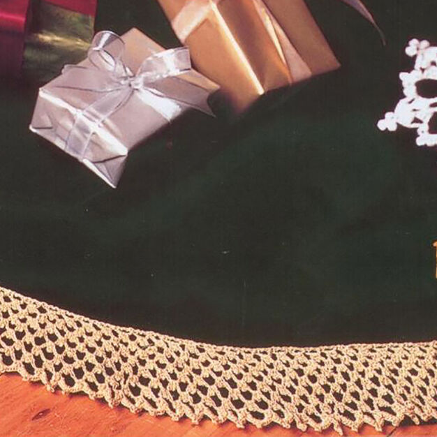 Patons Bells, Flakes & Tree Skirt Edging, Snowflake in color