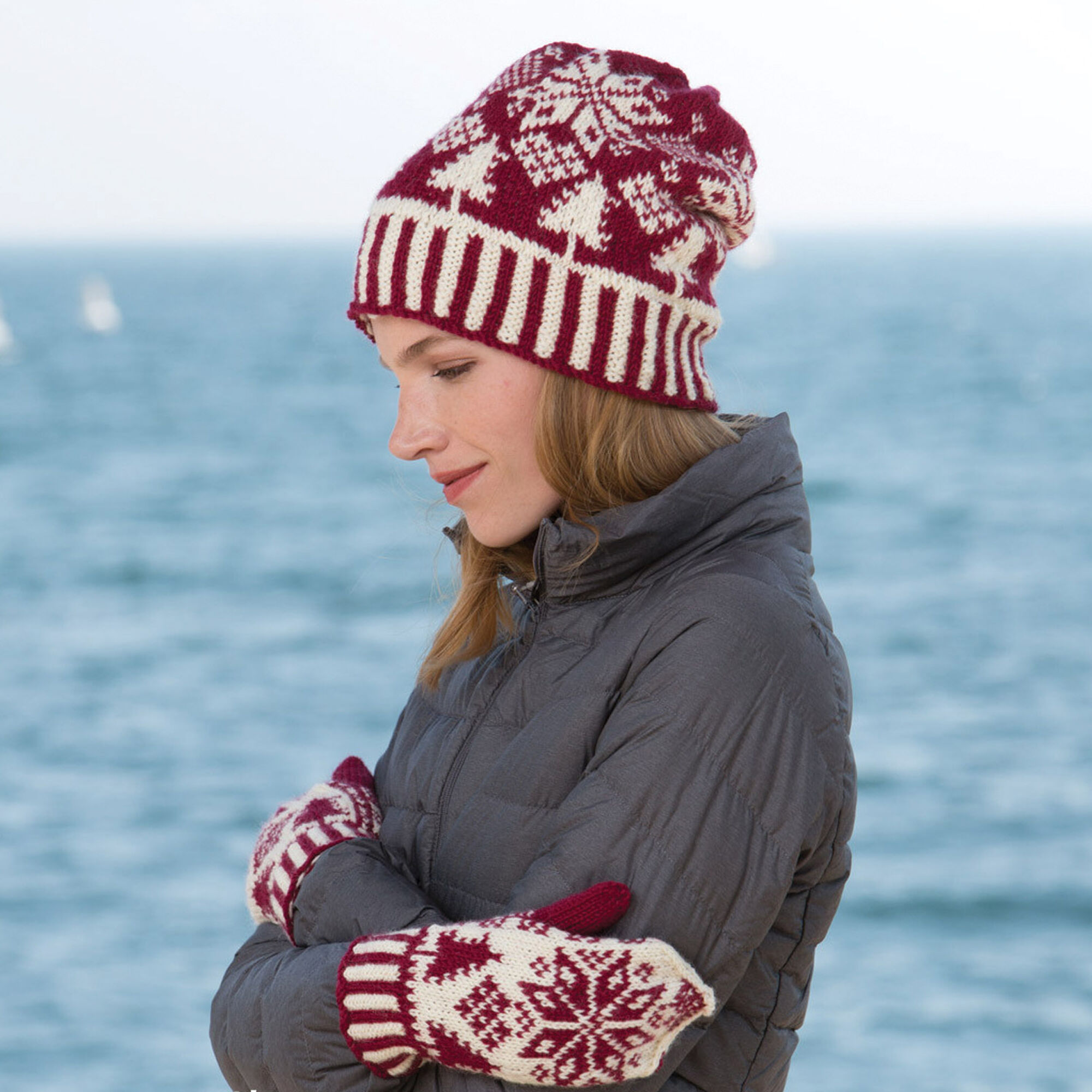 ... Patons Northern Fair Isle Knit Hat and Mittens cf4d691c281f