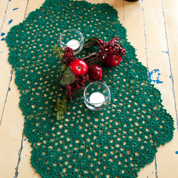 Aunt Lydia's Holiday or Any Day Table Runner in color