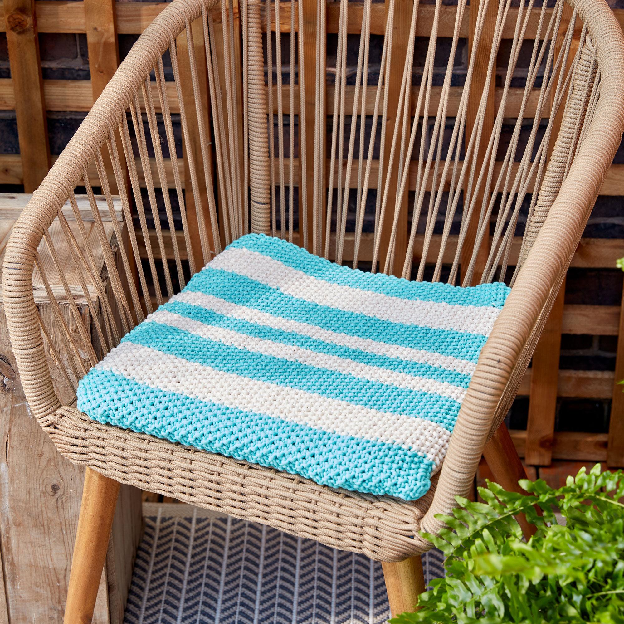 Bernat Knit Seat Cushion | Yarnspirations