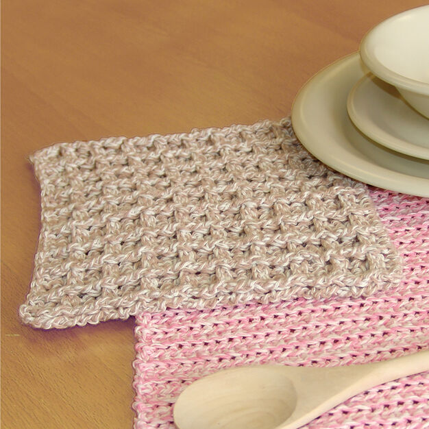 Bernat Dishcloth in color