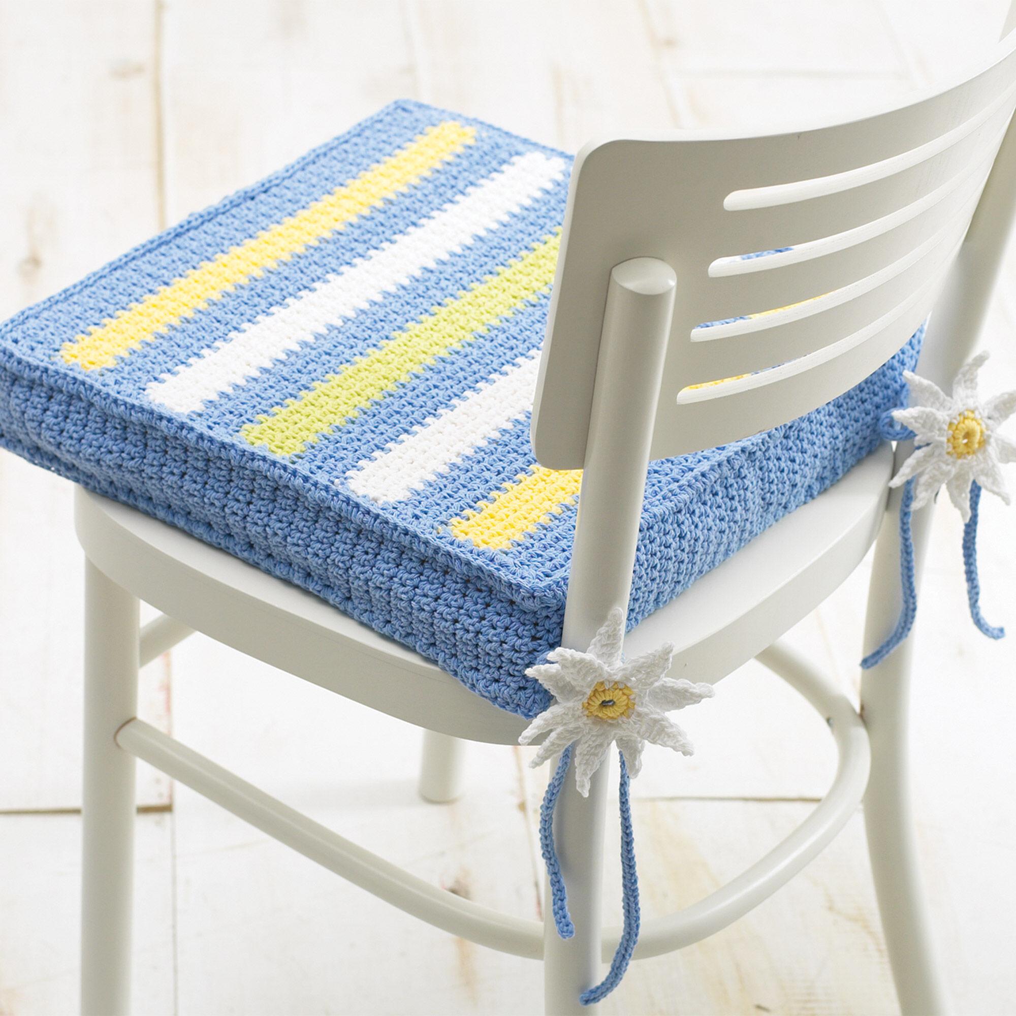 Lily Sugar\'n Cream Chair Cushion | Yarnspirations