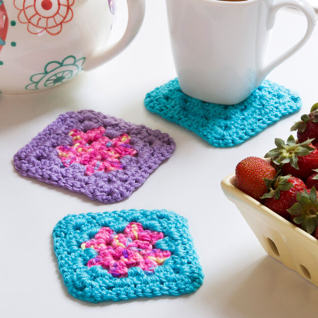 Red Heart Single Square Coasters in color