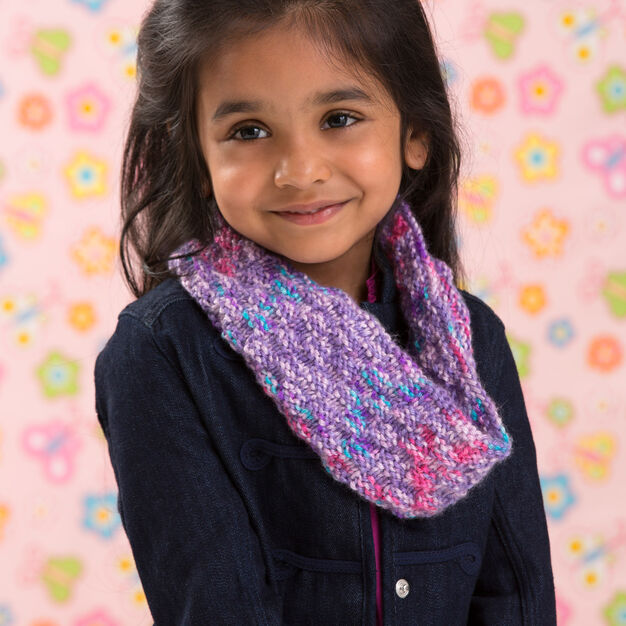 Red Heart Little Sophisticate Cowl in color