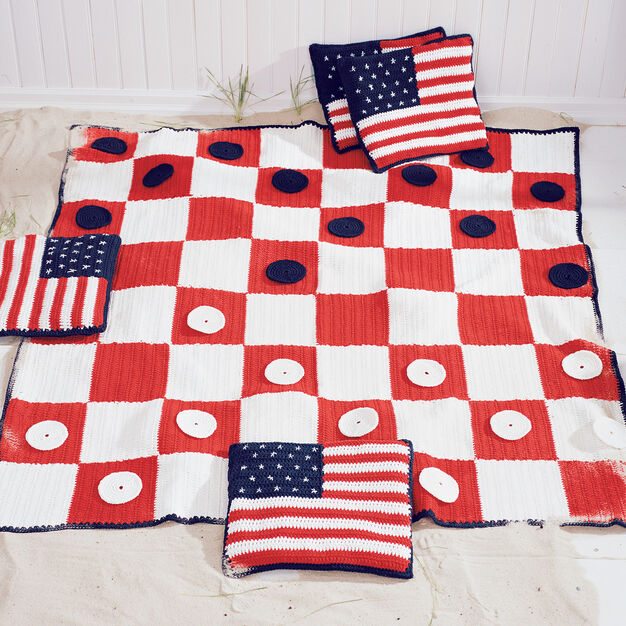 Lily Sugar'n Cream Checkerboard Picnic Blanket, Blanket in color