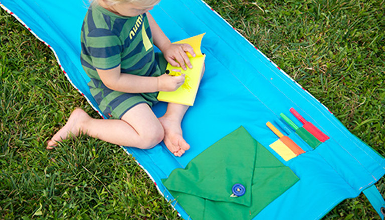 DIY Outdoor Reading & Craft Mat for Kids