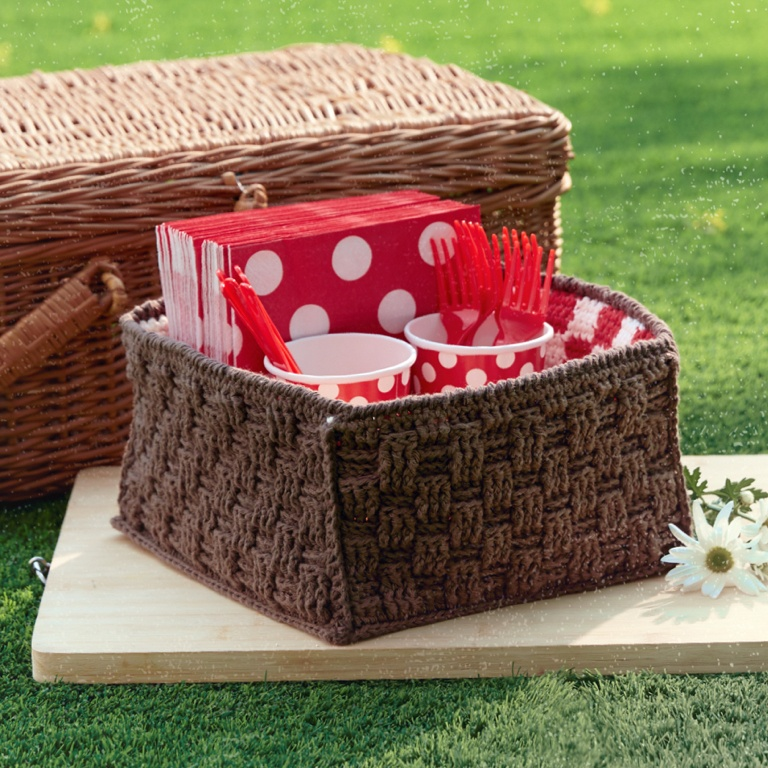 Intermediate Crochet Pic-A-Nic Basket