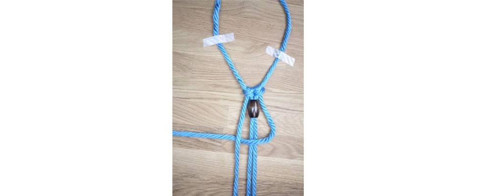 Mega Macrame Necklace Step 5.1