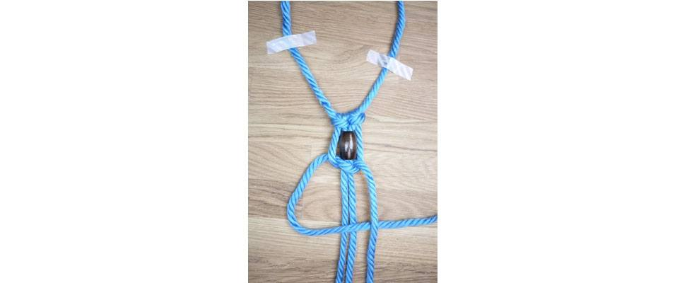Mega Macrame Necklace Step 5.4