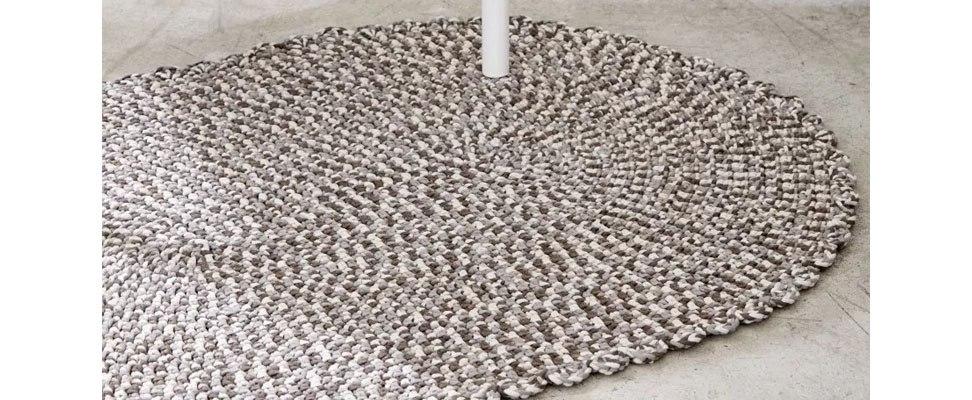 Welcome Home Crochet Rug in Bernat Maker Home Dec yarn