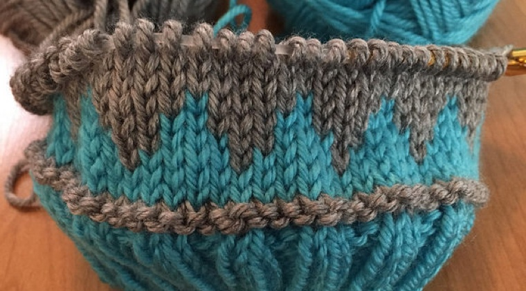 Changing Colors and Fair Isle Knitting