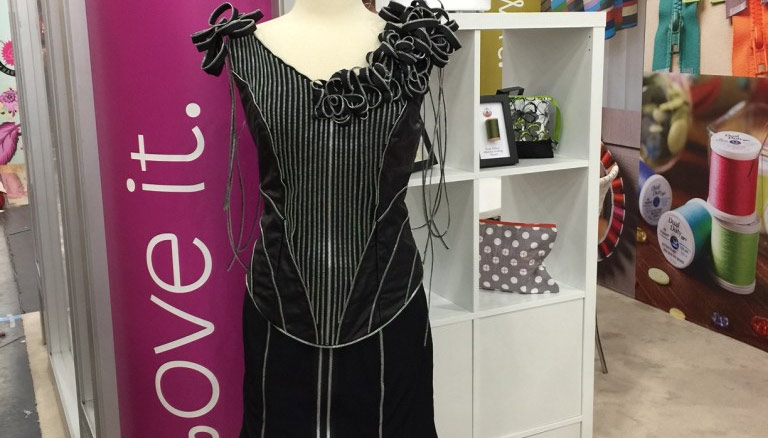 Wow Zipper Gown