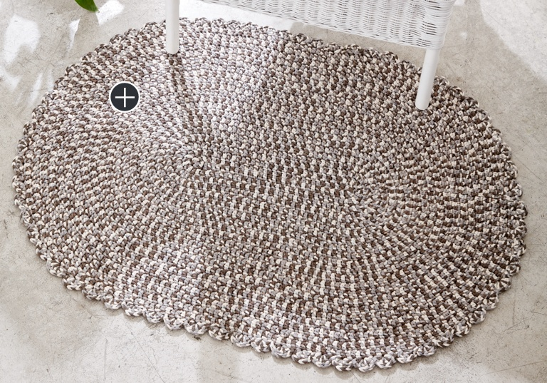 Easy Welcome Home Crochet Rug