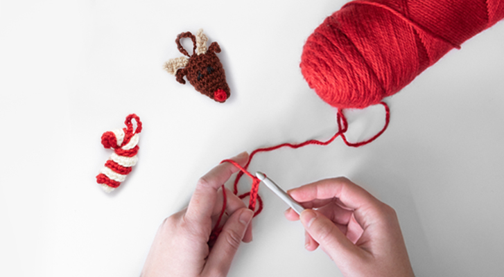 Make a Holiday Ornament for your Tree