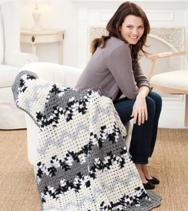 Easy Contemporary Granny Ripple Crochet Throw
