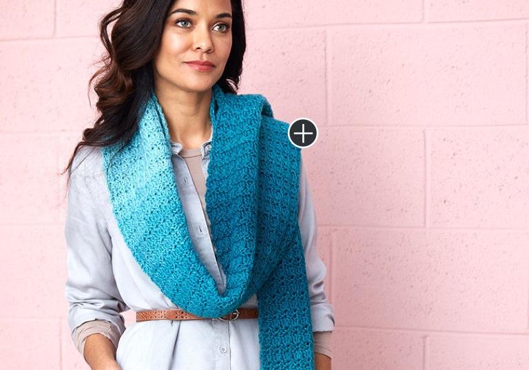 Easy Cici's Ombré Crochet Super Scarf