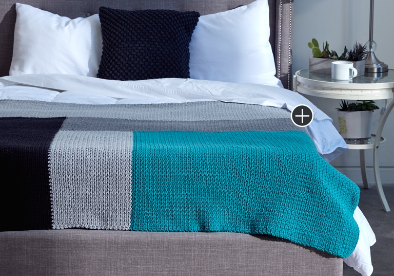 Easy Modern Log Cabin Crochet Blanket