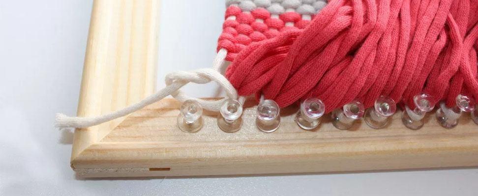 Frame Weaving with Bernat Maker Home Dec yarn Step 5.1