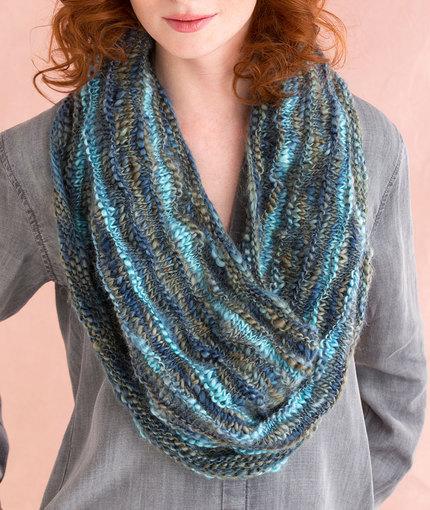 Multi-Wear Cowl Free Knitting Pattern LW5024